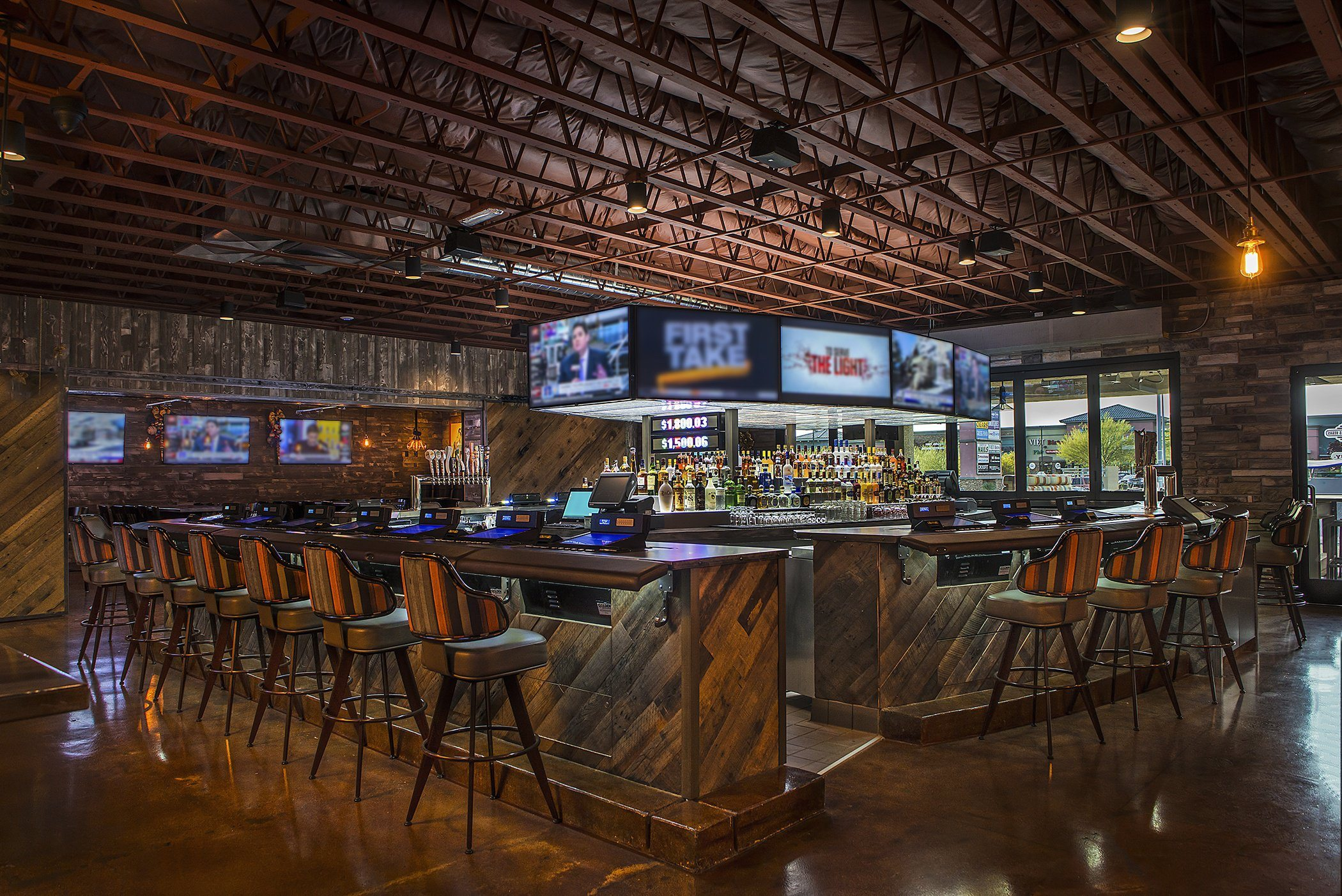 bar-interior-lake-mead